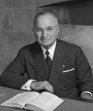 Harry_S_Truman_-_NARA_-_530677_(2)